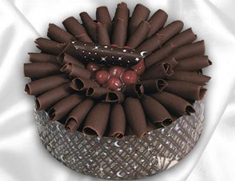 online pasta satisi 4 ile 6 kisilik çikolatali meyvali yaspasta  Batman cicekciler , cicek siparisi