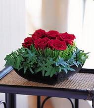 Batman çiçek siparişi sitesi  10 adet kare mika yada cam vazoda gül tanzim