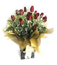 Batman internetten çiçek siparişi  11 adet kirmizi gül  buketi