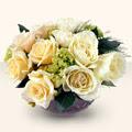 Batman güvenli kaliteli hızlı çiçek  9 adet sari gül cam yada mika vazo da  Batman İnternetten çiçek siparişi