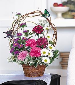 Batman cicekciler , cicek siparisi  sepet içerisinde karanfil gerbera ve kir çiçekleri