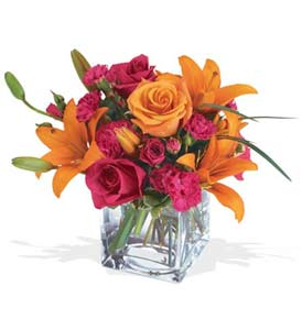 Batman çiçek mağazası , çiçekçi adresleri  cam içerisinde kir çiçekleri demeti
