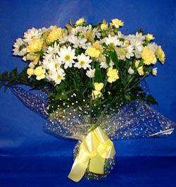 Batman hediye çiçek yolla  sade mevsim demeti buketi sade ve özel
