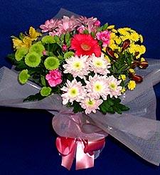 Batman hediye çiçek yolla  küçük karisik mevsim demeti