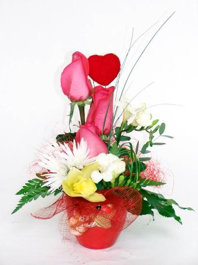 Batman ucuz çiçek gönder  cam içerisinde 3 adet gül ve kir çiçekleri