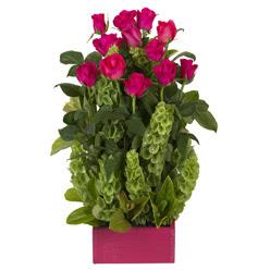 12 adet kirmizi gül aranjmani  Batman çiçek mağazası , çiçekçi adresleri