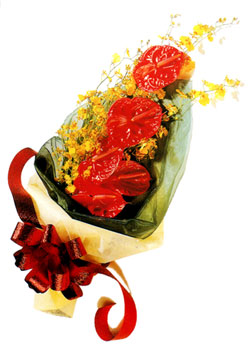 özel 5 adet antorium buketi   Batman çiçek gönderme sitemiz güvenlidir