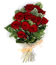 Batman çiçek yolla , çiçek gönder , çiçekçi   9 lu kirmizi gül buketi.