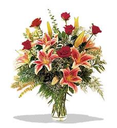 Batman çiçek servisi , çiçekçi adresleri  Pembe Lilyum ve Gül