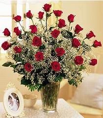 Batman çiçek , çiçekçi , çiçekçilik  özel günler için 12 adet kirmizi gül
