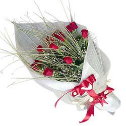 Batman yurtiçi ve yurtdışı çiçek siparişi  11 adet kirmizi gül buket- Her gönderim için ideal