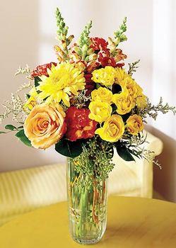 Batman 14 şubat sevgililer günü çiçek  mika yada cam içerisinde karisik mevsim çiçekleri