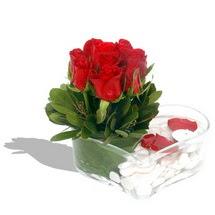 Mika kalp içerisinde 9 adet kirmizi gül  Batman çiçek servisi , çiçekçi adresleri