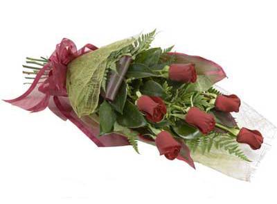 ucuz çiçek siparisi 6 adet kirmizi gül buket  Batman çiçek siparişi sitesi
