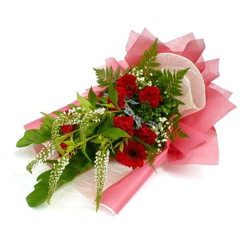 Karisik çiçek buketi mevsim buket  Batman çiçek siparişi sitesi