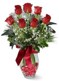 7 adet vazoda gül  Batman internetten çiçek satışı  kirmizi gül
