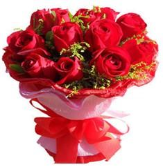 9 adet kirmizi güllerden kipkirmizi buket  Batman çiçekçiler