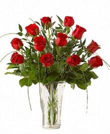cam yada mika vazo içerisinde 9 kirmizi gül  Batman çiçek siparişi sitesi