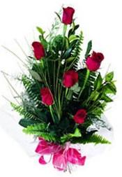 Batman güvenli kaliteli hızlı çiçek  5 adet kirmizi gül buketi hediye ürünü