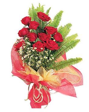 Batman İnternetten çiçek siparişi  11 adet kırmızı güllerden buket modeli