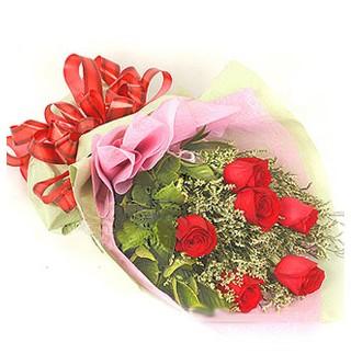 Batman çiçek , çiçekçi , çiçekçilik  6 adet kırmızı gülden buket
