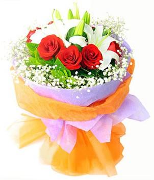 Batman çiçek gönderme sitemiz güvenlidir  1 dal kazablanka 7 adet kırmızı gül buketi