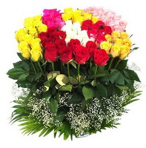 Batman çiçek mağazası , çiçekçi adresleri  51 adet renkli güllerden aranjman tanzimi