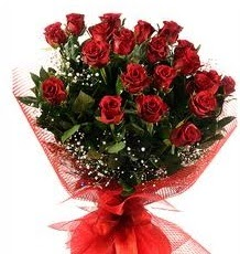 İlginç Hediye 21 Adet kırmızı gül  Batman internetten çiçek siparişi