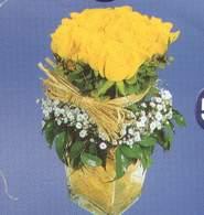 Batman anneler günü çiçek yolla  Cam vazoda 9 Sari gül