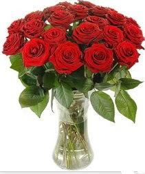 Batman çiçek mağazası , çiçekçi adresleri  Vazoda 15 adet kırmızı gül tanzimi