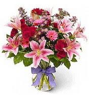 Vazo içerisinde karışık mevsim çiçeği  Batman çiçek siparişi sitesi