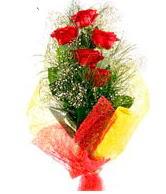 5 li kırmızı gül buketi  Batman internetten çiçek satışı