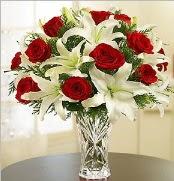 12 adet kırmızı gül 2 dal kazablanka vazosu  Batman çiçek satışı