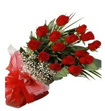 15 kırmızı gül buketi sevgiliye özel  Batman çiçek gönderme sitemiz güvenlidir