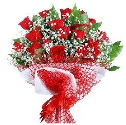 11 kırmızı gülden buket  Batman 14 şubat sevgililer günü çiçek