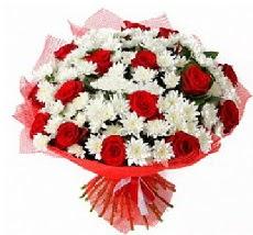 11 adet kırmızı gül ve 1 demet krizantem  Batman çiçek mağazası , çiçekçi adresleri