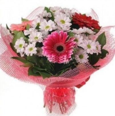 Gerbera ve kır çiçekleri buketi  Batman internetten çiçek siparişi