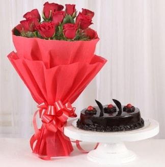 10 Adet kırmızı gül ve 4 kişilik yaş pasta  Batman internetten çiçek satışı