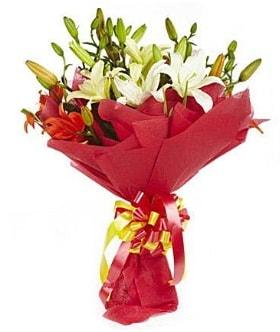 5 dal kazanlanka lilyum buketi  Batman çiçek gönderme sitemiz güvenlidir